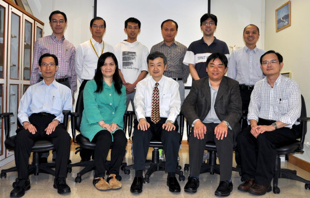 L to R, front row: Dr CK Ching, Dr Osburga Chan, Dr WW Yan (Chairman), Dr Alfred Chan (Secretary), Dr WM Chan; back row: Dr Arthur Lau, Mr HW Luk, Dr CM Ho, Dr WL Wan, Dr Kenny Chan, Dr KS Tang